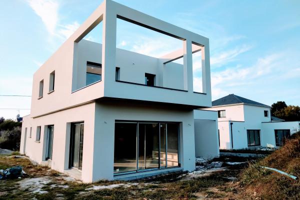 Construction d'une maison moderne à Saint-Nazaire