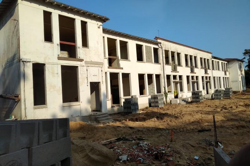 Restructuration d'un centre de vacances en habitation